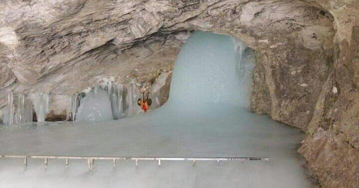 अमरनाथ के सबसे पहले दर्शन , बाबा बर्फानी ने समय से पहले  लिया अवतार