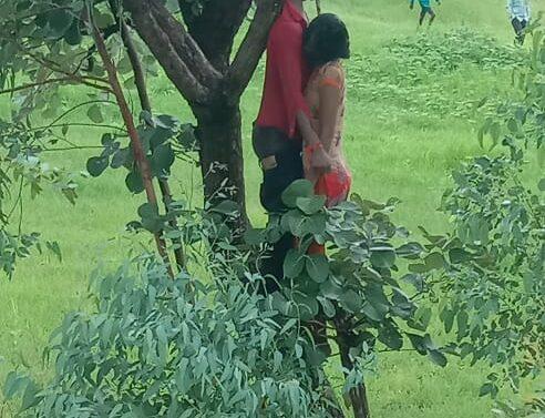 દાહોદના ચોસાલામાં એક યુવક અને યુવતીએ અગમ્યકારણોસર એક ઝાડ સાથે દુપટ્ટો બાંધી બંન્નેએ ગળે ફાંસોખાઈ આત્મહત્યા કરી લેતા પંથકમાં ચકચાર