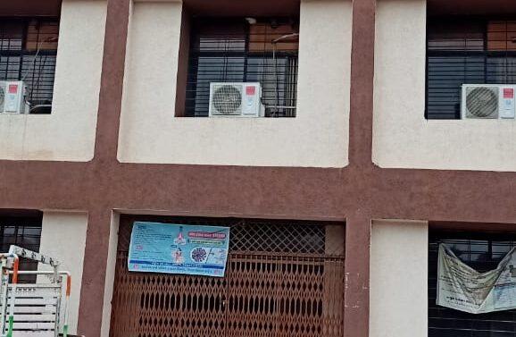 ઝાલોદ:બહુચર્ચિત હિરેન પટેલ હત્યાકાંડના આરોપીની દુકાનના બાકી નીકળતી રકમ એક સપ્તાહમાં ચૂકતે કરવા નગરપાલિકા દ્વારા નોટિસ અપાઈ
