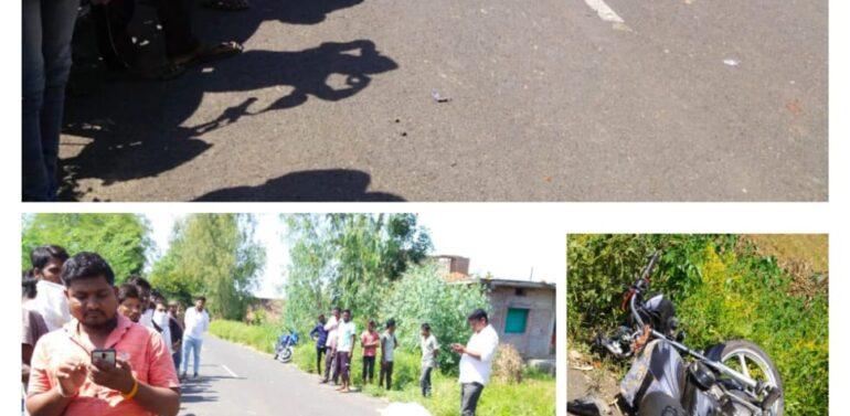 ફતેપુરા તાલુકાના રાવળના વરુણા ગામે પુરપાટ આવતી બોલેરો ગાડીએ મોટરસાઇકલને અડફેટે લેતા 19 વર્ષીય આશાસ્પદ યુવાન મોતને ભેટ્યો:અન્ય એક બાળક ઈજાગ્રસ્ત,પોલિસ તપાસમાં જોતરાઈ