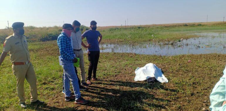 દાહોદ તાલુકાના કાળીતળાઈ ગામના તળાવમાંથી એક 24 વર્ષના યુવકની લાશ મળી આવતા ચકચાર:પોલિસ તપાસમાં જોતરાઈ