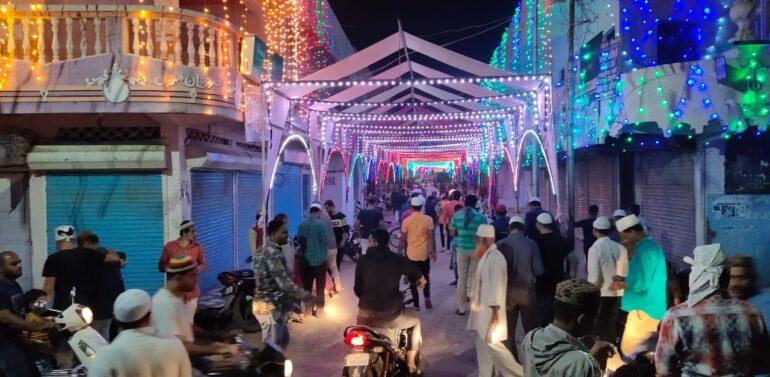 સંતરામપુર નગરમાં ઇદ-એ-મિલાદની સાદગી પૂર્વક ઉજવણી કરાઈ