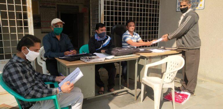 ફતેપુરા તાલુકામાં મતદાર યાદી સુધારણા કાર્યક્રમનું આયોજન કરવામાં આવ્યું,ફતેપુરા મામલતદાર પી.એન પરમારે મતદાન મથકે સરપ્રાઈઝ મુલાકાત લીધી