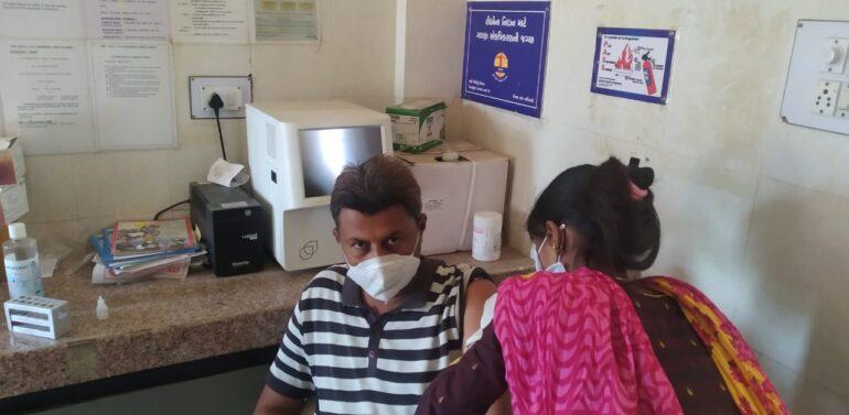 સિંગવડ તાલુકા માં ૪૫ વર્ષથી ઉપરની વયના લોકોને કોવિડ ના રસીકરણ ડોઝ આપવામાં આવ્યું