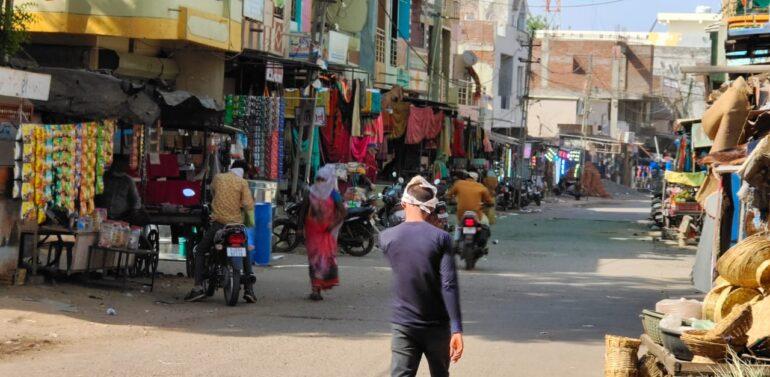 ફતેપુરામાં સ્વેચ્છિક લોકડાઉનનો થયો ફિયાસ્કો: બજારો રાબેતા મુજબ ધમધમતા રહ્યા