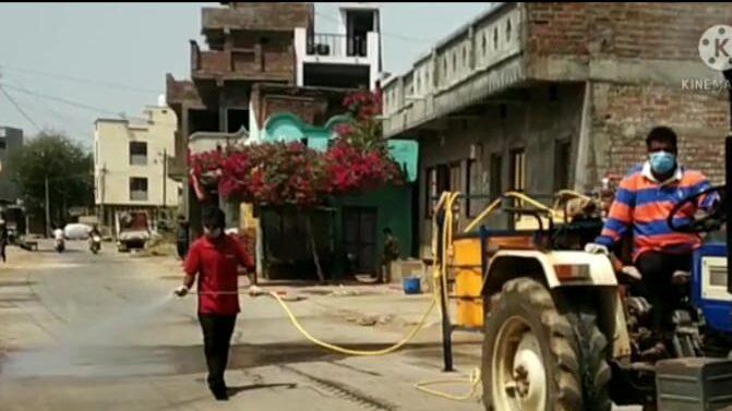 ગરબાડામાં પંચાયત દ્વારા સમગ્ર નગરમાં સૅનેટાઇઝ સહિતની કામગીરી હાથ ધરાઈ