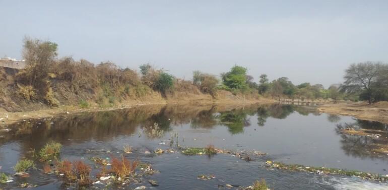 ફતેપુરા તાલુકાના સુખસર નદીમાં કડાણા-દાહોદ એક્સપ્રેસ લાઇનથી પાણી છોડાતા સ્થાનિક લોકોમાં આનંદની લાગણી..